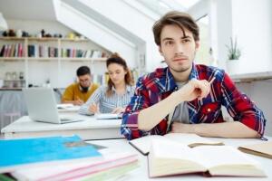 کارآموزی وکالت چگونه است