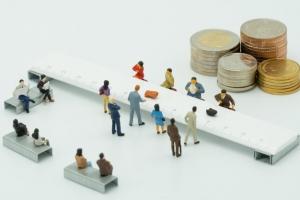مؤسسات اعتباری غیربانکی مجاز